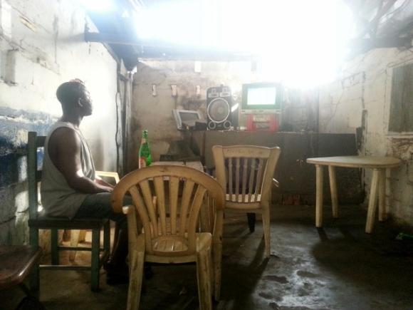 Monrovia Dodgy Cafe