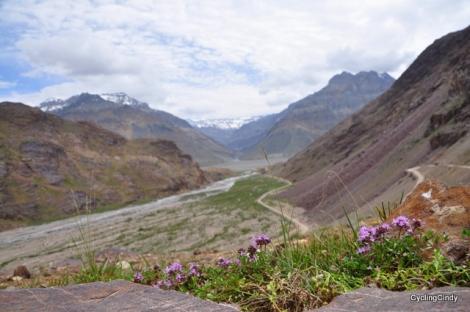 Towards Kunzum La