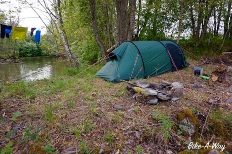 Wild camp in the Swedish forest