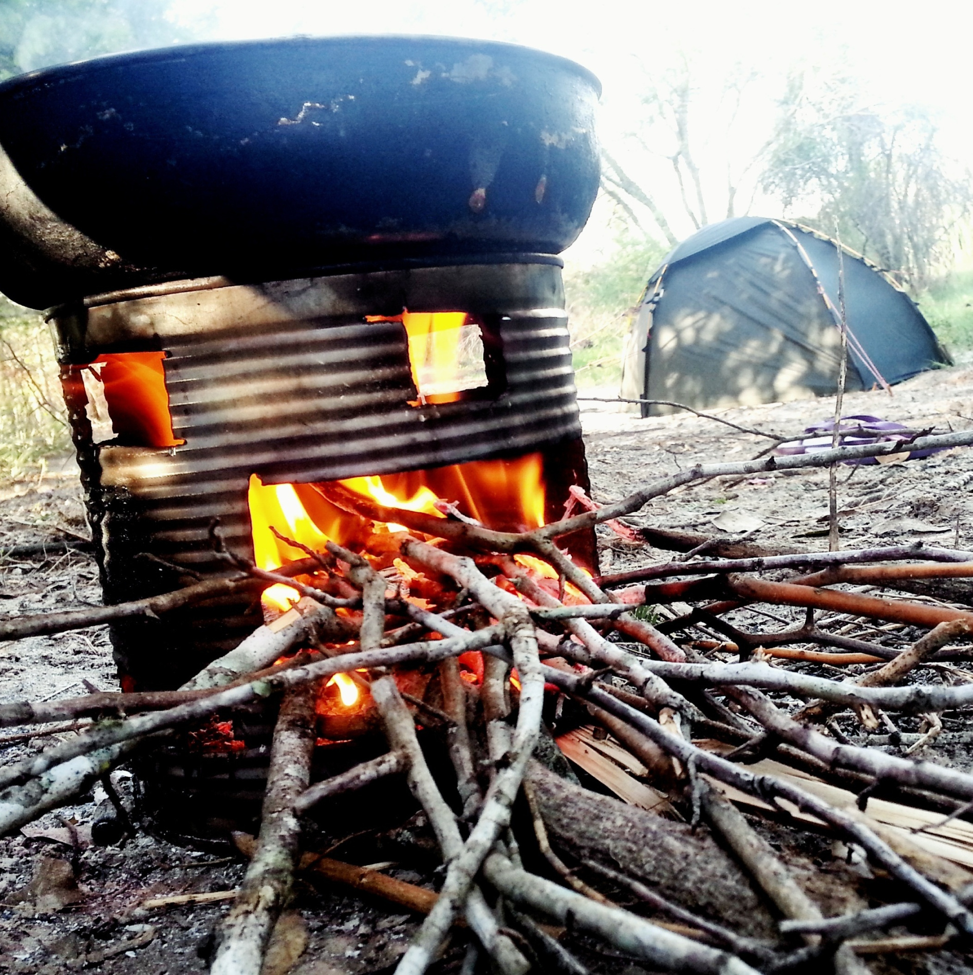 When all else fails, try to make a cheap stove which only requires twigs.