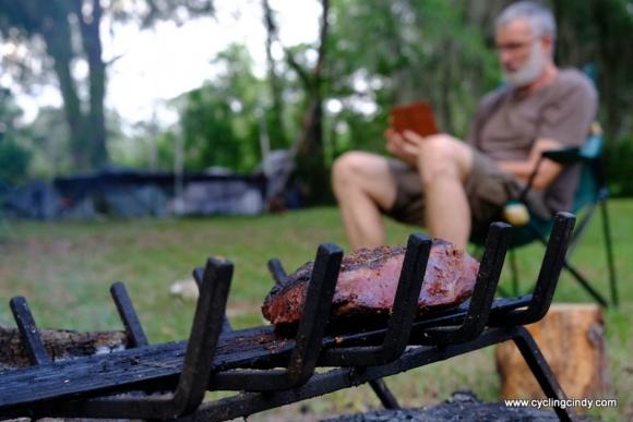 Smouldering meat